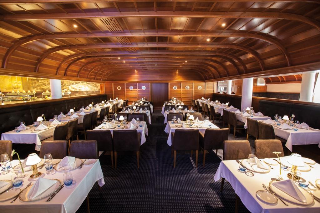 europa park bell rock restaurant