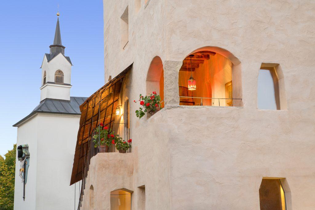 Ferienwohnung im Turm - GRAFENSTUBN Freisitz von aussen