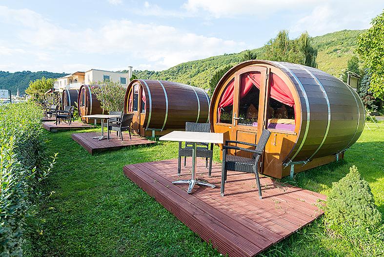 Weinfass-Hotel