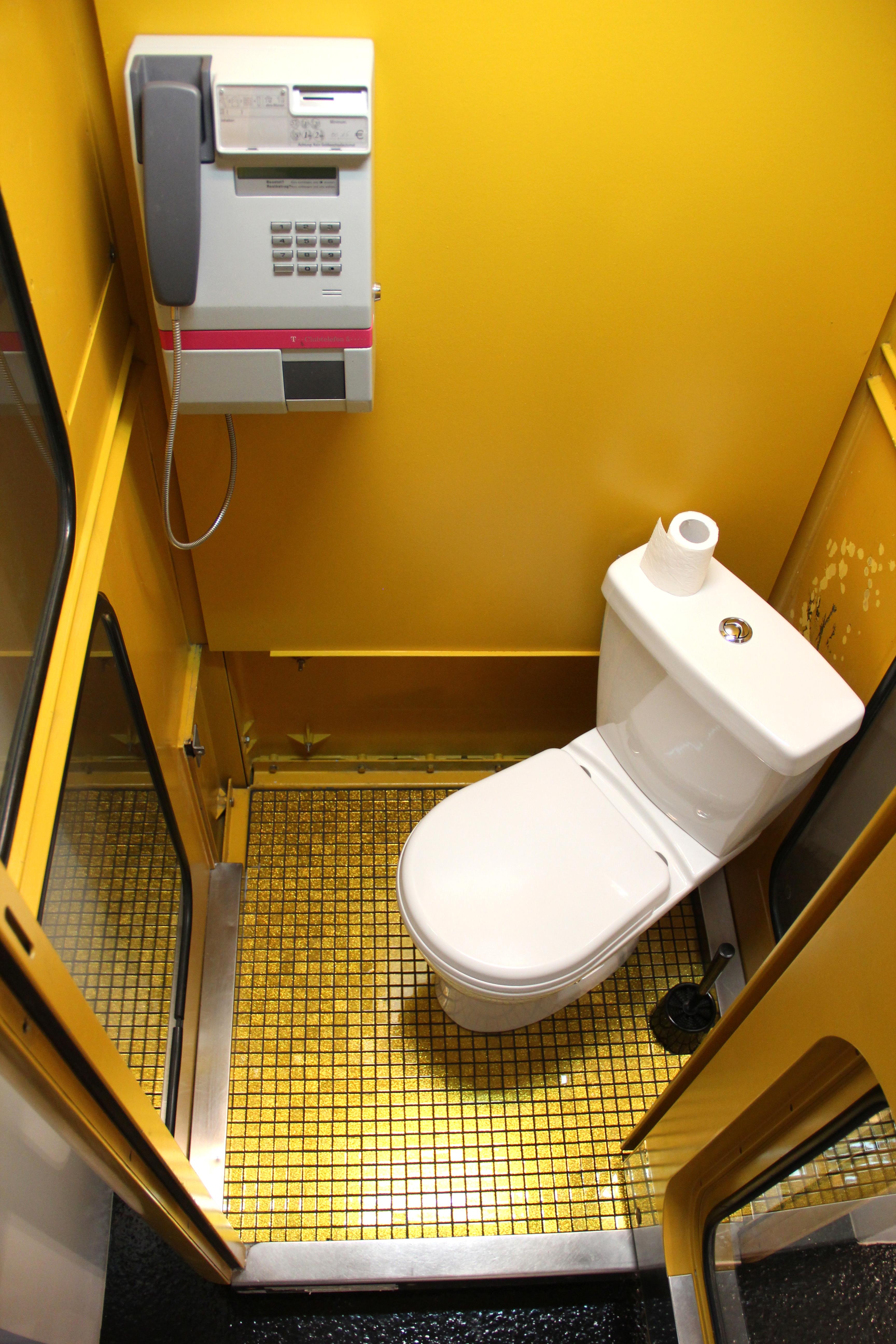 Beispiel Toilette in der Ferienwohnung des Hauses Chez Bertrand
