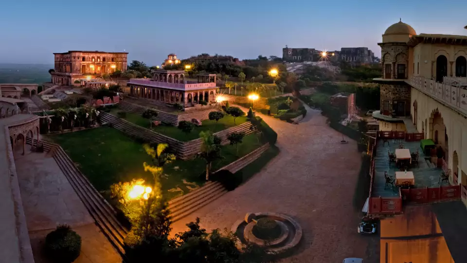 Hotels in Neemrana