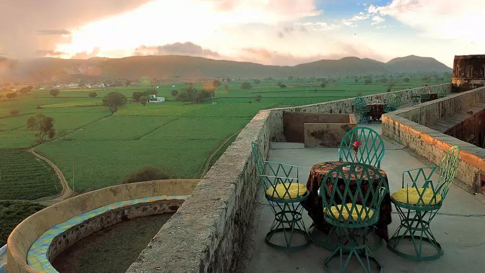 hill-fort-kesroli-alwar-rajasthan